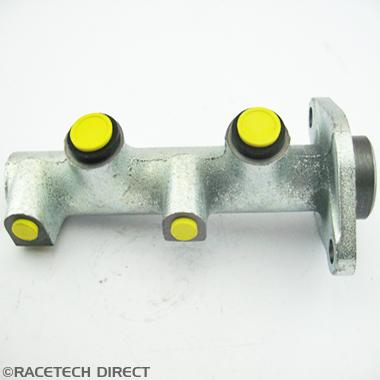 025J082A Brake master cylinder early S & Tasmin